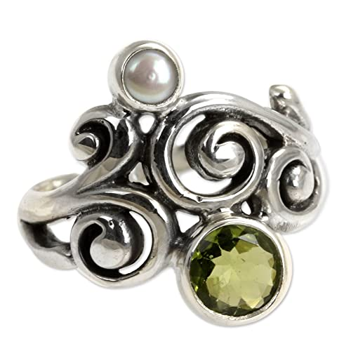 NOVICA Peridot Cultured Freshwater Pearl .925 Sterling Silver Artisan Crafted Cocktail Ring, Cloud Song