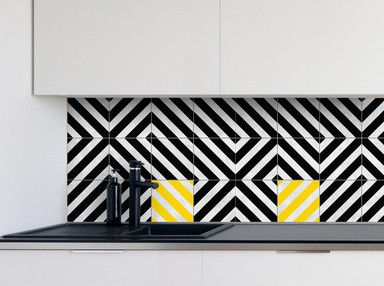 16pcs Autocollants de carreaux de cuisine Rose Patterns Film de vinyle pour des id/ées de tuile de mur de salle de bains de diff/érentes tailles