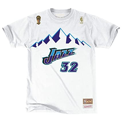 classic fit b0d0e ddcce Amazon.com : Karl Malone Utah Jazz Mitchell & Ness NBA Men's ...