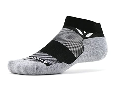 90ab1390e1037 Amazon.com: Swiftwick – MAXUS ONE | Socks Built for Running, Walking, Golf  | Maximum Cushion, Relaxed Compression, Ankle Socks: Clothing