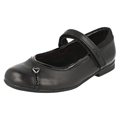 Clarks Girls School Shoes Movello Lo - Black Leather - UK Size 13F - EU Size  32 - US Size 13.5M  Amazon.co.uk  Shoes   Bags 42a8f7928