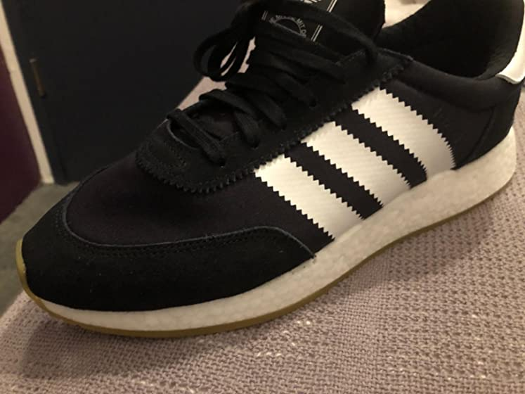 adidas Originals Men's I-5923 Running Shoe Careful with this model, it's a different one than the one pictured.