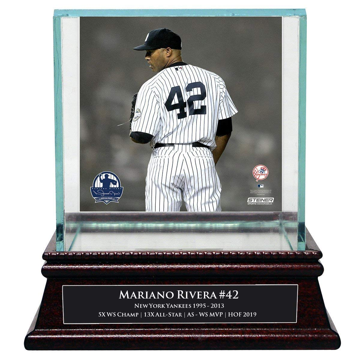 Steiner Sports Mariano Rivera New York Yankees 2019 Hall of Fame Background Glass Single Baseball Case with Nameplate