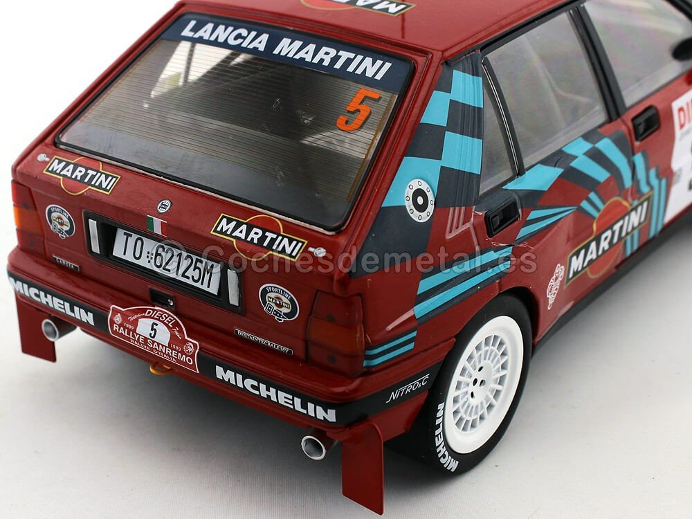 Triple 9 - Vehículo - Lancia Delta HF Integrale - Rally San Remo 1989, T9 - 1800170, Rojo/Azul, (Escala 1/18: Amazon.es: Juguetes y juegos