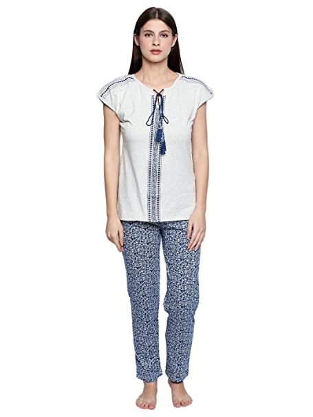 Valentine Night Suit for Women - Off White and Dark Blue Lounge Set for  Women - Printed Top ... 0a421bdce