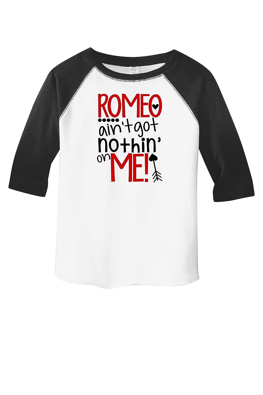 Romeo Ain/'t Got Nothing On This Guy Valentine/'s Day Dog Bandana