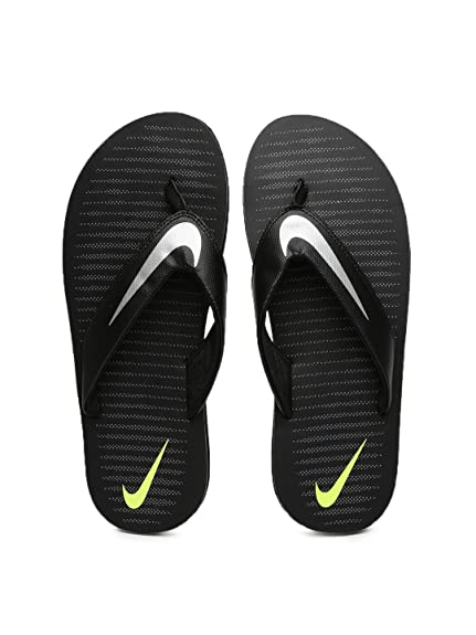9369b3b7ff4347 Nike Men s Chroma Thong 5 Flip Flops Thong Sandals  Buy Online at ...