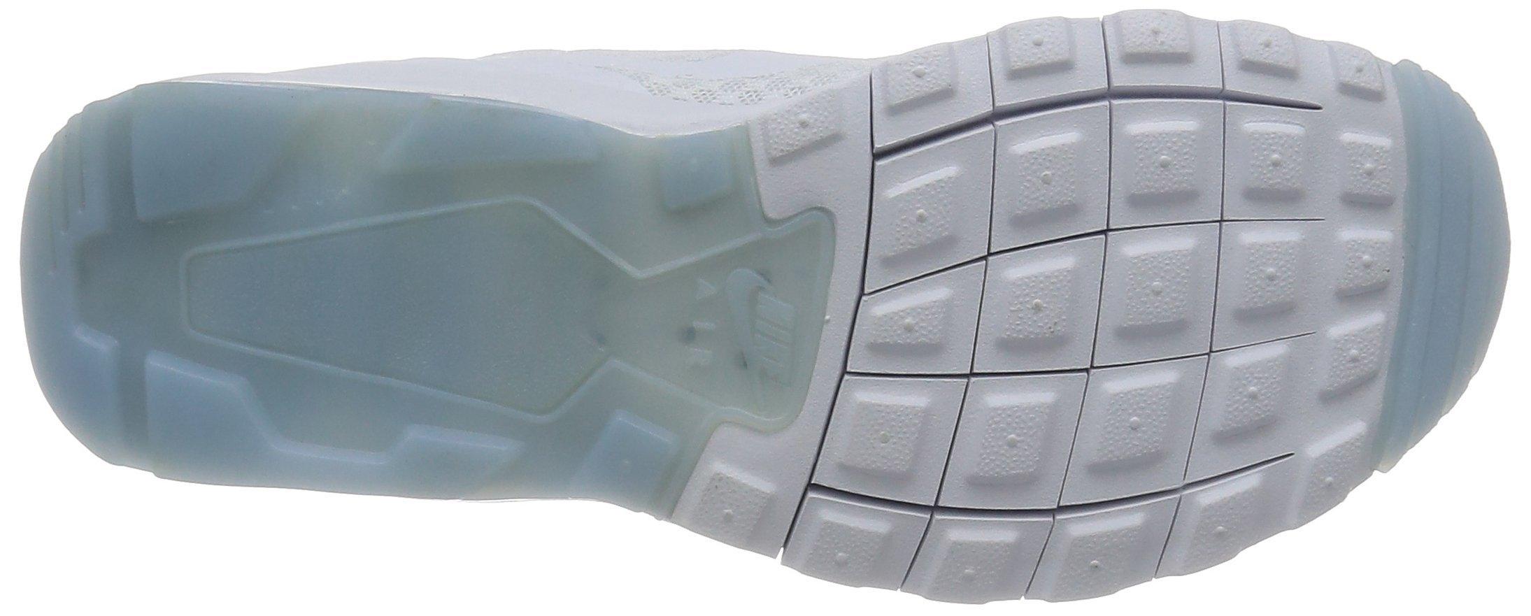 NIKE Women's Air Max Motion LW Running Shoe, White/White, 8.5 M US by NIKE (Image #3)