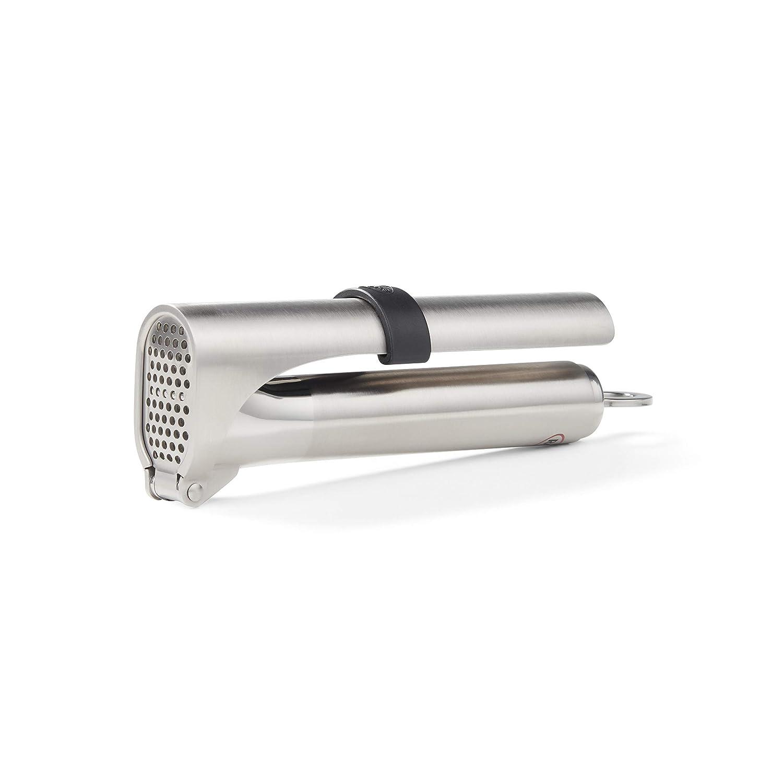 amazon com rosle 12896 garlic press 7 1 in silver kitchen dining rh amazon com