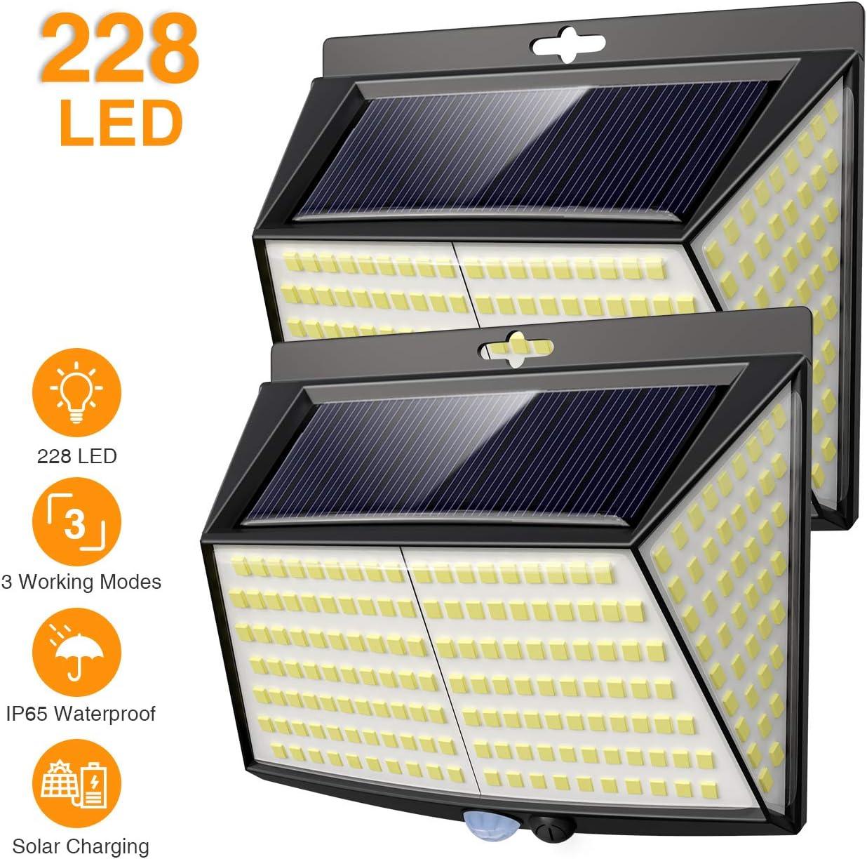Vighep Luz Solar Exterior 228 LED,【2 Pack / 3 Modos】270 °lluminación Focos Solares Exterior con Sensor de Movimiento Impermeable Luces Solares LED Exterior Jardin [Clase de eficiencia energética A+++]