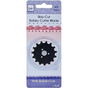 0b3c7ec760 Amazon.com  June Tailor Wide-Skip Blade Edging Tool for Fleece Blankets