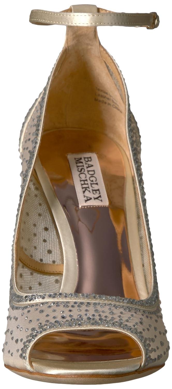 3974cb03a99 Amazon.com  Badgley Mischka Women s Weylin Pump  Shoes