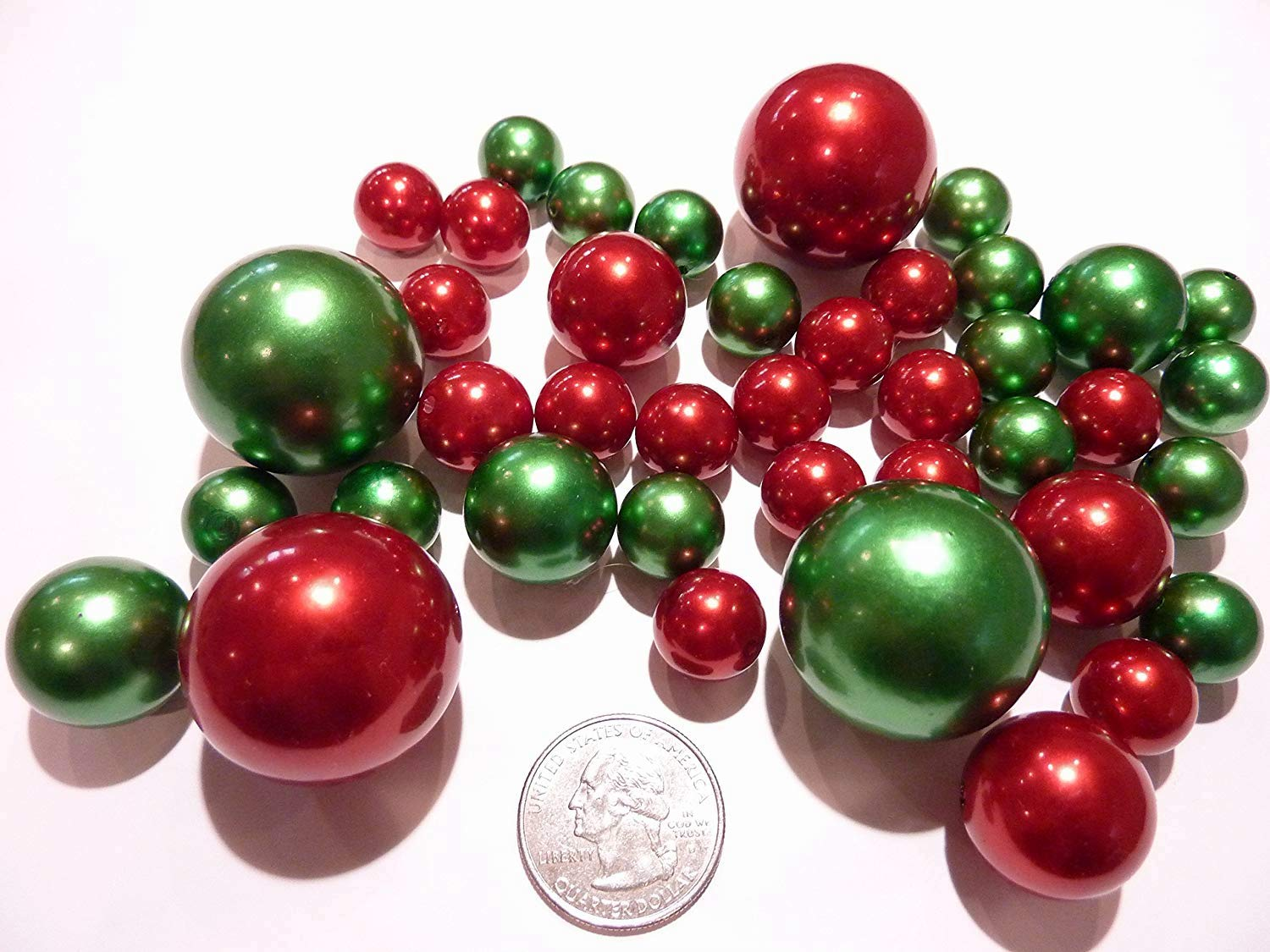 FLOATING Christmas Holiday Green & White Pearls with Red, Green and Sparkling Gems - Jumbo/Assorted Sizes Vase Fillers for Centerpiece Decorations + Includes Transparent Water Gels Vase Pearlfection RW40RGC