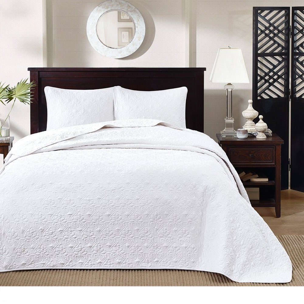 3 Piece Oversized King Bedspread to the Floor Set, Solid White Warm Tone, 120 Inches X 118 Inches, Coverlet Allover Quilt Drops Over Edge of King Beds, Microfiber, Stylish and Classic Stitched!