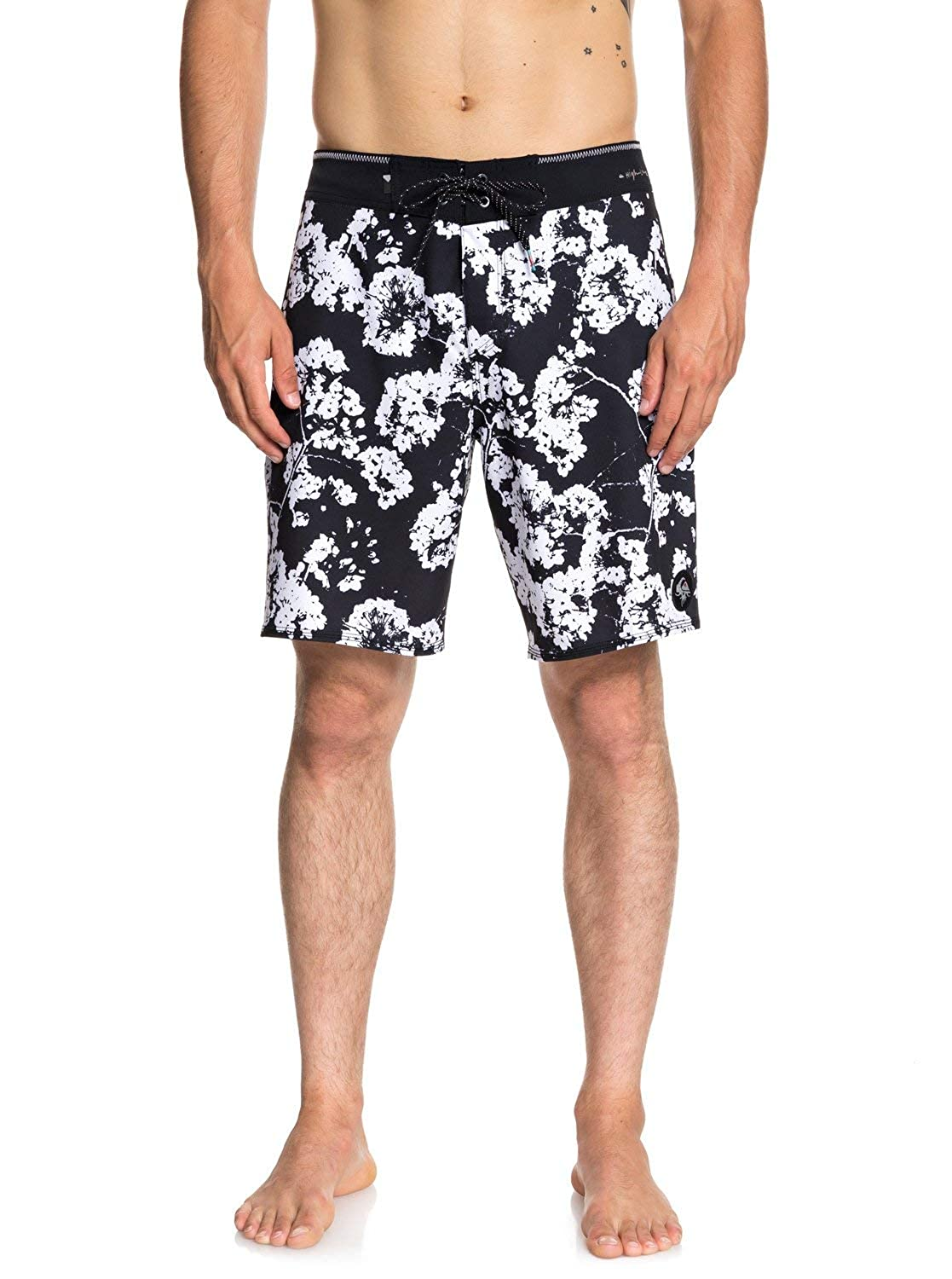 Quiksilver Mens Highline White Out 19 Boardshort Swim Trunk