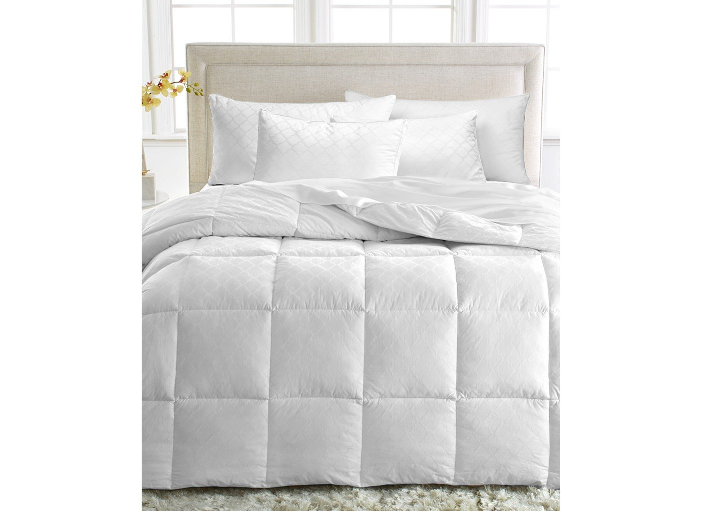which cushion goose topsleepy is size bedding all the gallery comforters pillow best feather blanket macys down luxurious comforter