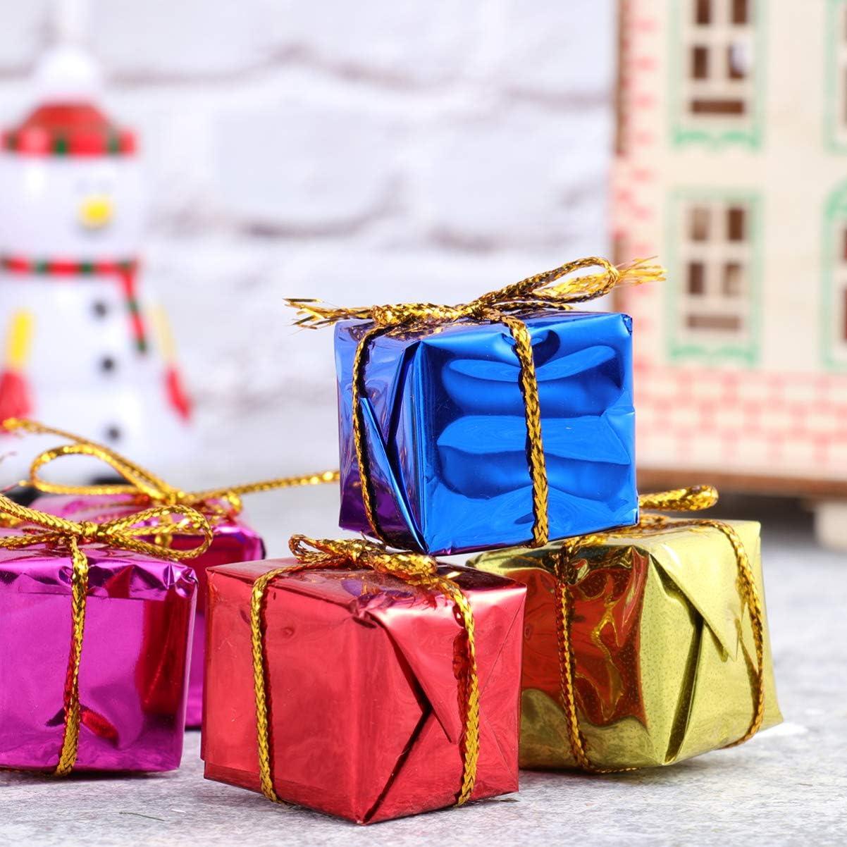 Tomaibaby Confezione Regalo Albero di Natale 60 Pezzi Ornamenti Pacchetto in Miniatura Mini Confezione Regalo in Schiuma Lucida per Decorazione Appesa Albero di Natale Colore Casuale