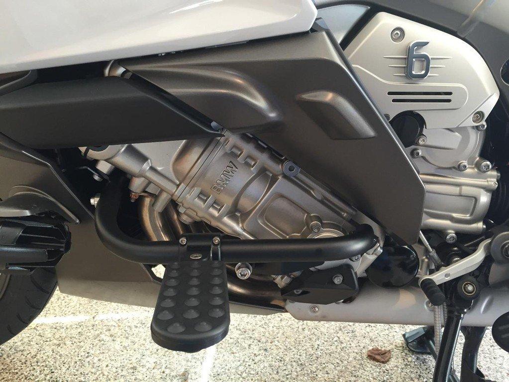 ILIUM WORKS HIGHWAY PEGS FOR BMW K1600GT / K1600GTL BLACK 19