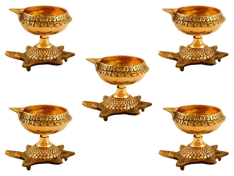 GoldGiftIdeas Brass Handmade Kuber Diya with Turtle Base, Engraved Design Diyas for Pooja and Return Gifts, Housewarming Gift, Diya with Designer Potli Bags (Set of 5)