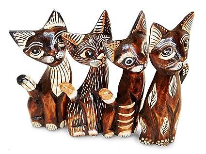 Figura gatos en conjunto de 4, funda de piel con madera de Albizia, altura