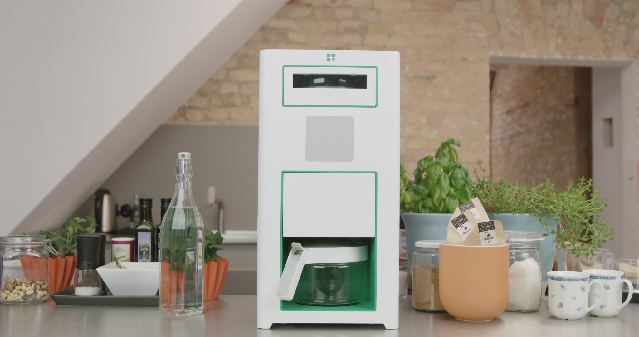 Bonaverde White Roast-Grind-Brew Coffee Machine, White with Green Accents