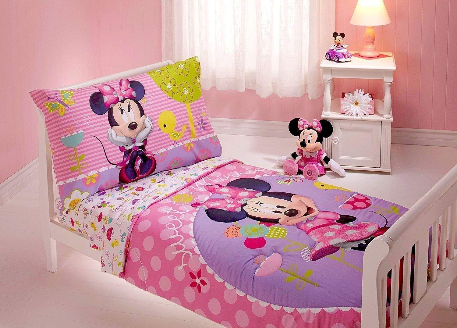 Amazoncom Minnie Mouse 4 Piece Toddler Bedding Set Home Kitchen