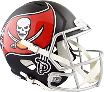 5700eb0e Amazon.com: Riddell Tampa Bay Buccaneers Black Matte Alternate Speed ...