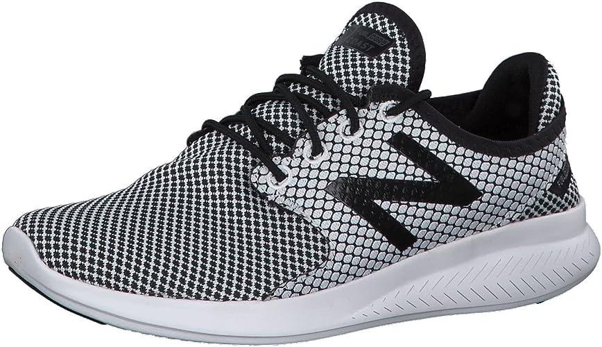 Fuel Core Coast V3 Running Shoes