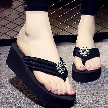 Menschen schleppten Frauen Sommer Pantoffeln Anti-Rutsch-dicke Sandalen Bohren Pisten mit Hausschuhen Strand Schuhe...