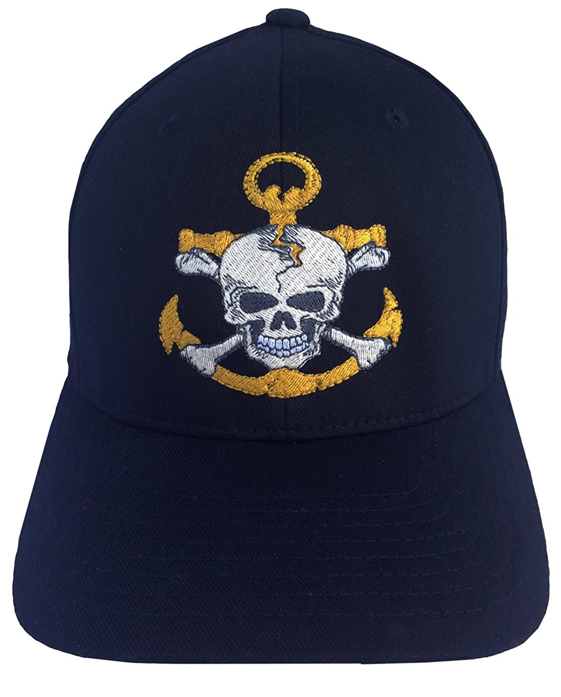 a212d96c72373e Amazon.com: Anchor Skull on a Flexfit Structure Twill Cap, Black: Clothing