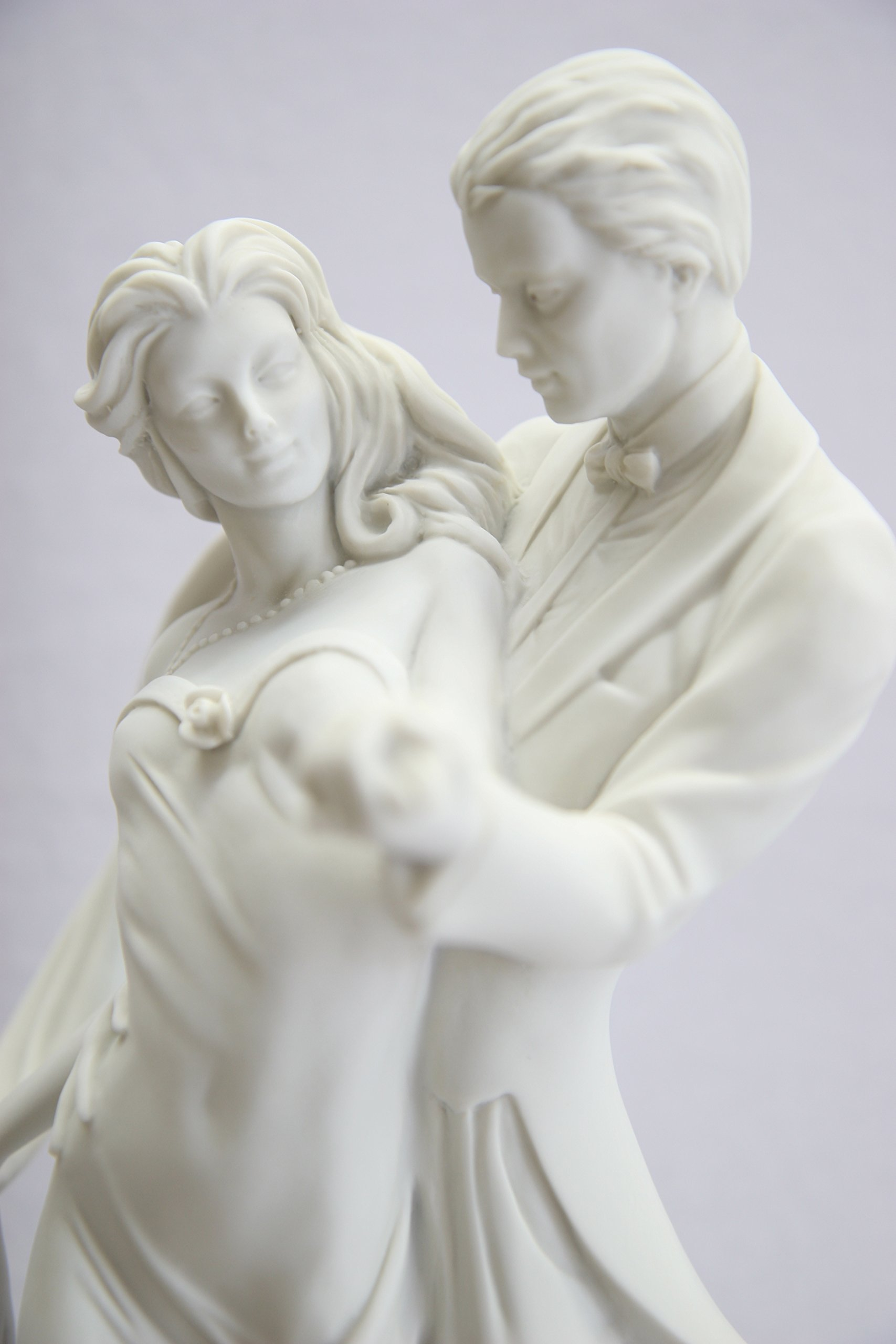 15.5'' Romantic Couple of Dancer Dance Statue Sculpture Figurine By Vittoria Collection Made in Italy by Vittoria Collection (Image #5)