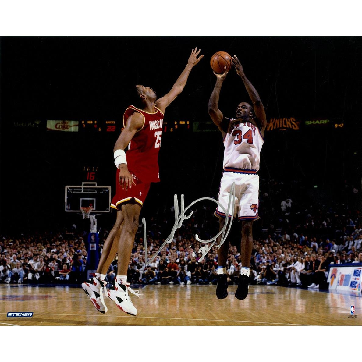 Steiner Sports NBA New York Knicks Charles Oakley サイン入り 「Jumpshot vs. Houston」 横型 8x10インチ 写真   B071LJQP8B