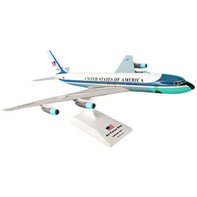 Daron Skymarks Air Force One VC-137 (707) Reg#27000 Airplane Model Building Kit, 1/150-Scale: Toys & Games