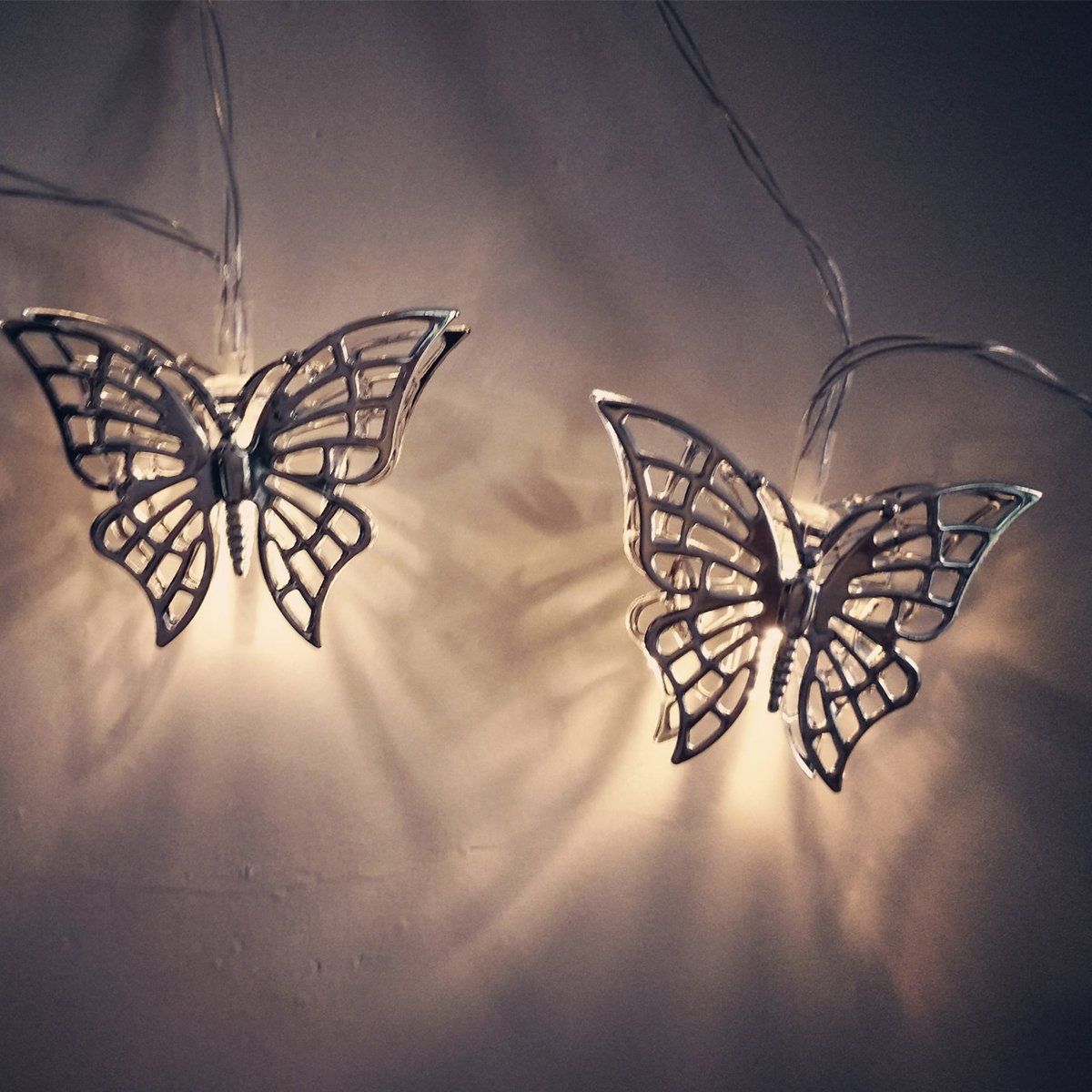 fantastic me 10ft 20 LED Iron Butterfly Fairy String Lights Night Lamp-Battery Powered-Decoration for Home Bedroom Kids Nursery Room Christmas Tree Wedding Party Garden by fantastic me (Image #6)