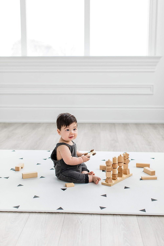 Ofie Mat von Little Bot beidseitig und ungiftig Weiche Babyspielmatte country road + triangle, Large