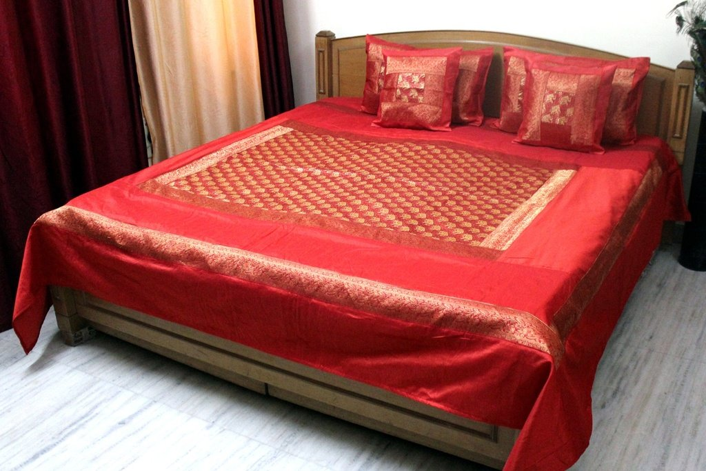 Stylo Culture Bedspread Modern Brocade Self Design Polydupion Bed Cover Elephant Bedding Orange B01MTTL8Y7
