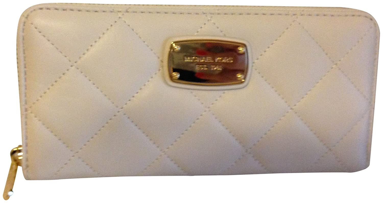 48394c430c7a5c Amazon.com: Michael Kors Hamilton Quilt Genuine Leather Za Continental Wallet  Vanilla: Shoes