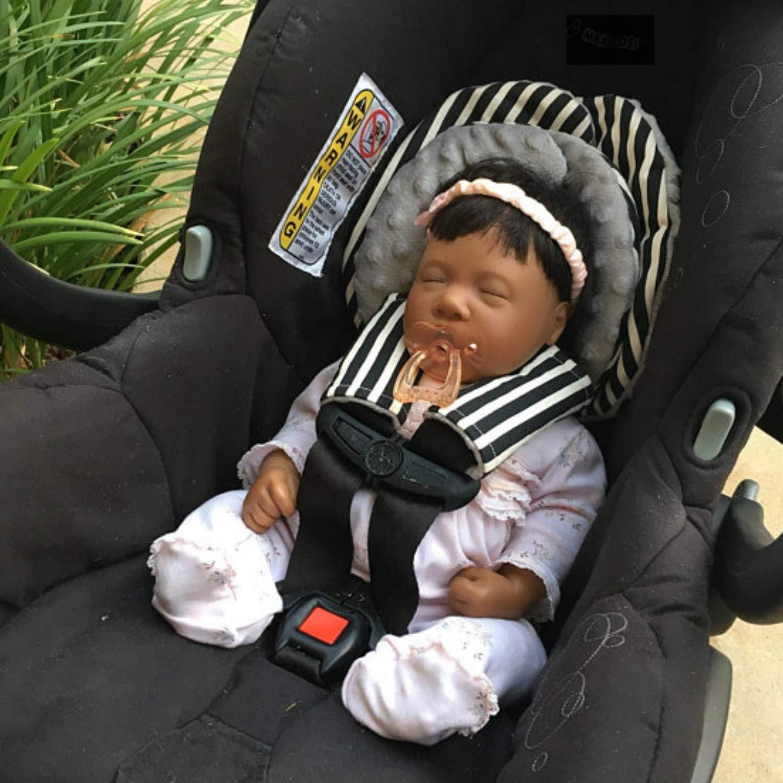 Amazon Com 2 Size Car Seat Head Support Set With Preemie Newborn