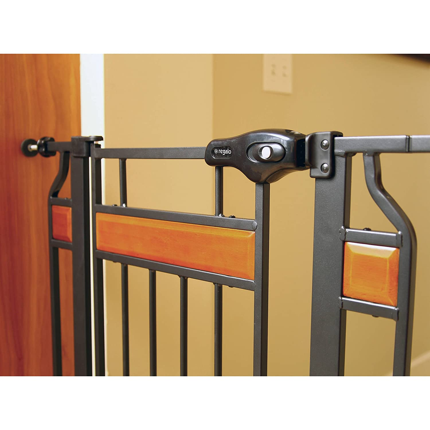 Amazon.com: Regalo Home Accents Extra Tall and Wide Walk Thru Gate ...