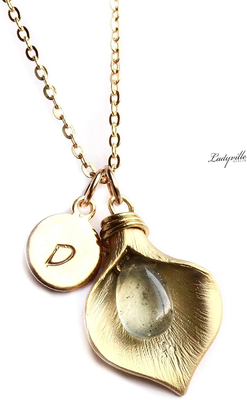Personalisierte Kette Initial mit Moss Aquamarine vergoldetSignaturkettepersönliche EdelsteinketteGeschenk für SieGeburtsstein
