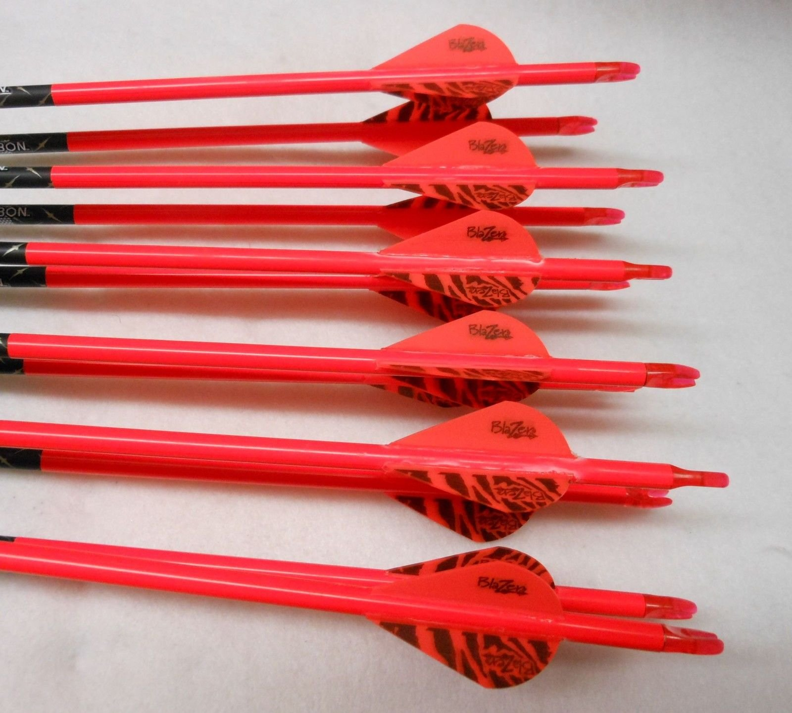 Gold Tip Pro Hunter 7595/340 Carbon Arrows w/Blazer Vanes Wraps 1 Dz.