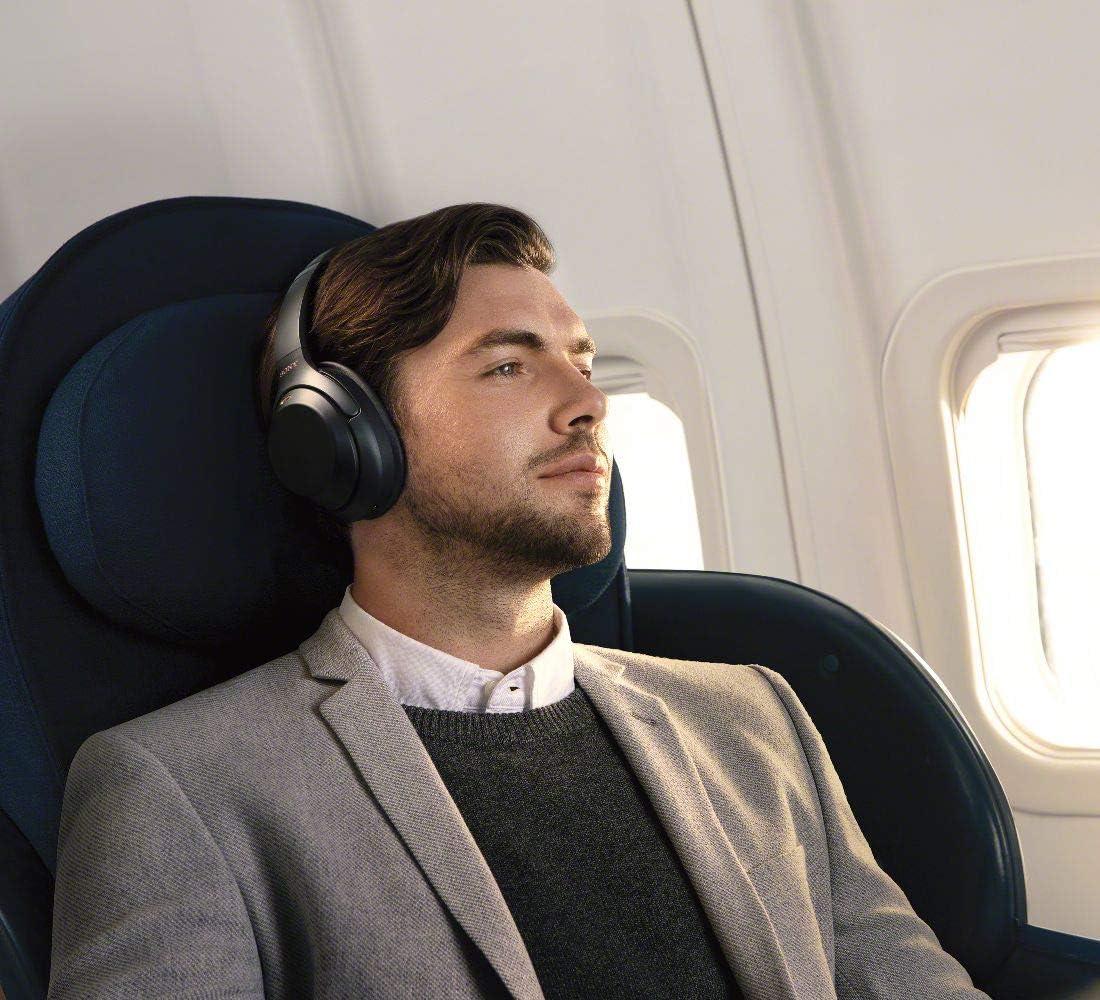 ソニー ワイヤレスノイズキャンセリングヘッドホン WH-1000XM3 : LDAC/ Amazon Alexa搭載 /Bluetooth/ハイレゾ 最大30時間連続再生 密閉型 マイク付 2018年モデル ブラックWH-1000XM3 B