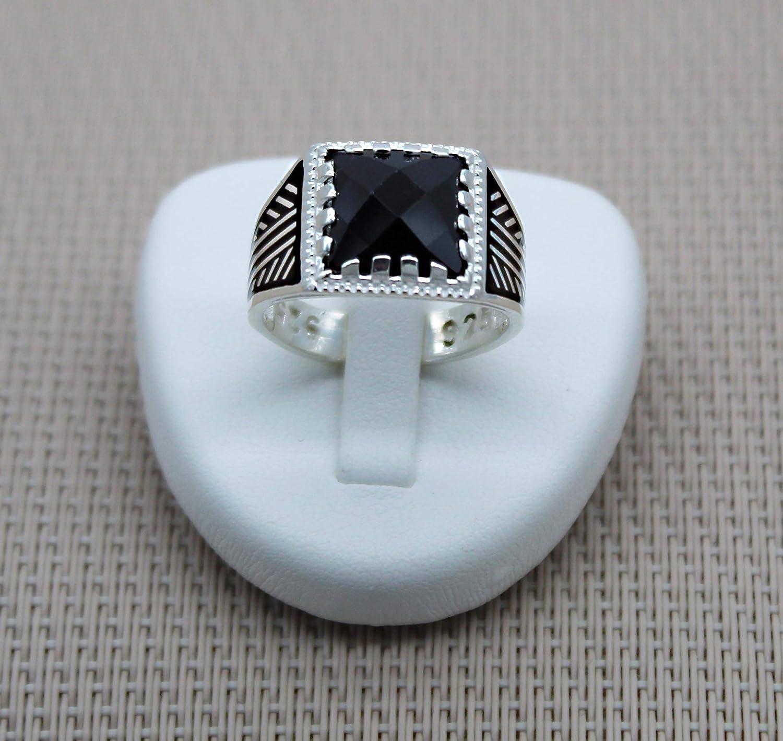 Anillo Cuadrado Plata Negro Piedra. Sello de ónix plateado facetado. Anillo de plata de ónix