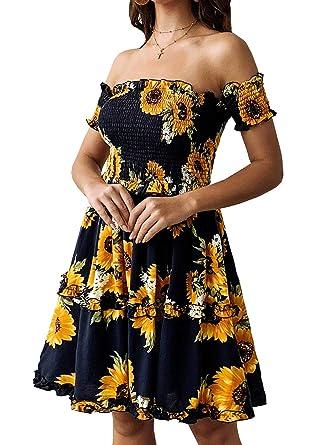 53e46532c9 Amazon.com  KIRUNDO Women s 2019 Summer Off Shoulder High Waist Floral  Printed Beach Mini Shift Dress  Clothing