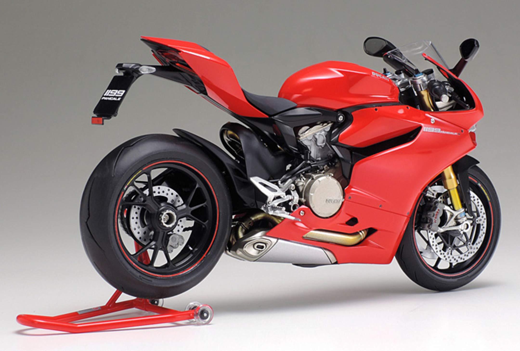 Tamiya 14129 1:12 Ducati 1199 Panigale S Model 6
