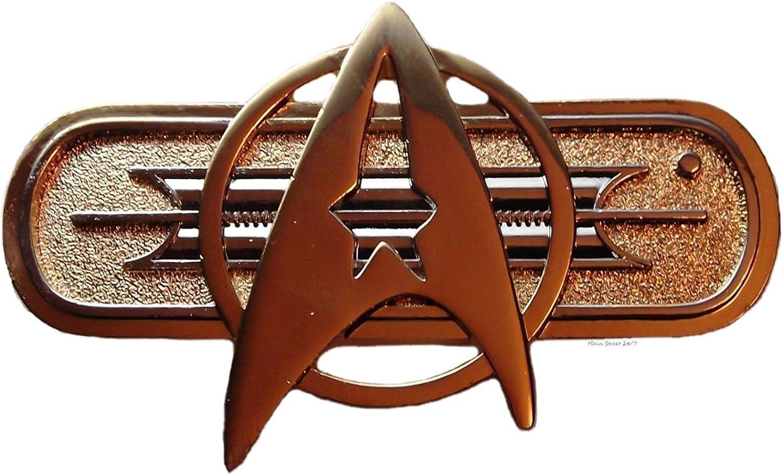 Star Trek Movie 2-6 Khan YEAR SERVICE COMMENDATION Pip Pin Badge Uniform Maroon