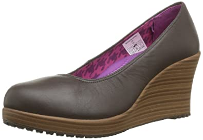ec8d2ce3aa4 crocs Women s 14700 A-Leigh Closed T Wedge Pump
