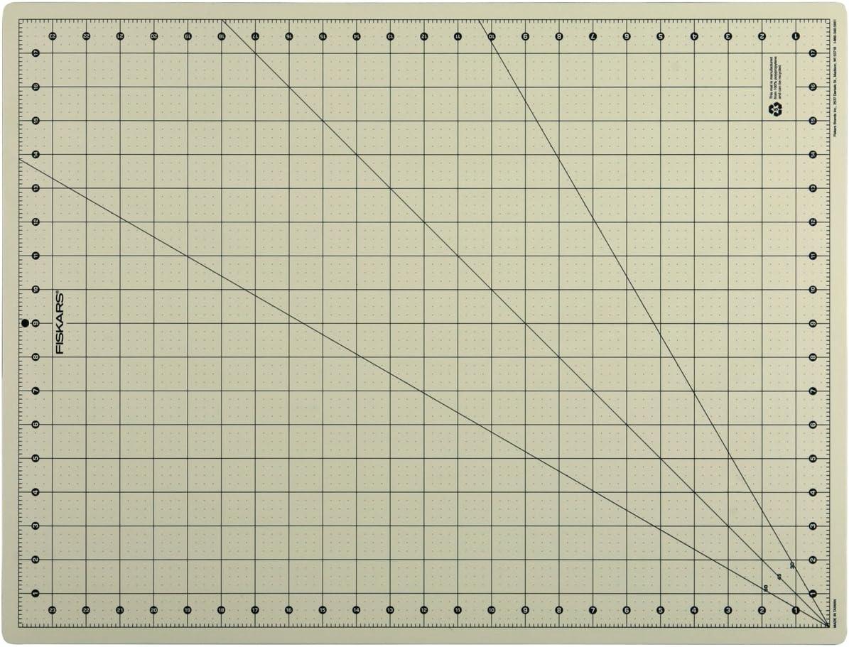Fiskars 18x24 Inch Eco Cutting Mat Board 01-005900