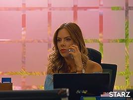 Majo le anuncia a Elizabeth que después de hablar con el Doctor Cuadrado se abrirá una investigación ya que al parecer Felipe Godínez murió por una falla ...