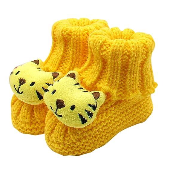 Zapatos de Ganchillo del cordón del bebé recién Nacido de la artesanía del bebé. Pasa ...